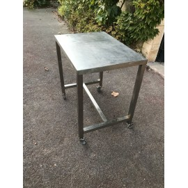 TABLE INOX 85 X 60 X 85 CM